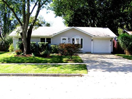16 Hawthorne, Streamwood, IL 60107