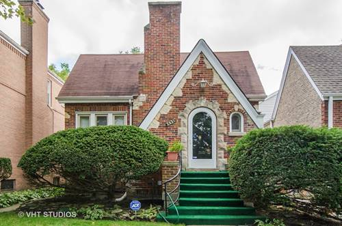 2931 W Greenleaf, Chicago, IL 60645