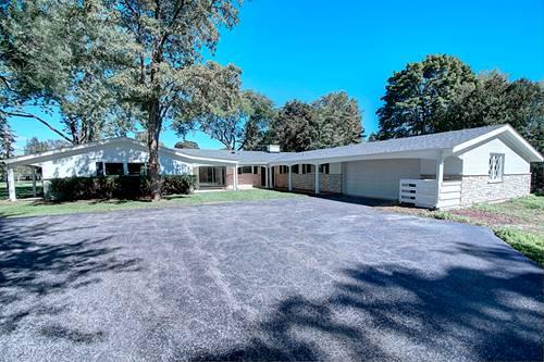 930 Castlegate, Lake Forest, IL 60045