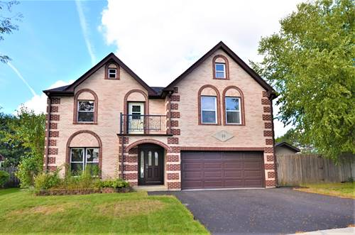 10 Rosewood, Roselle, IL 60172