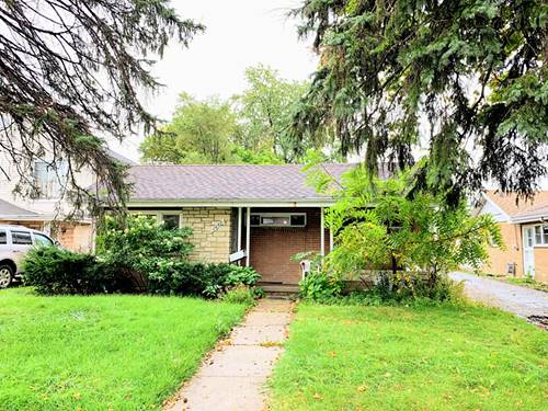 1447 Portsmouth, Westchester, IL 60154