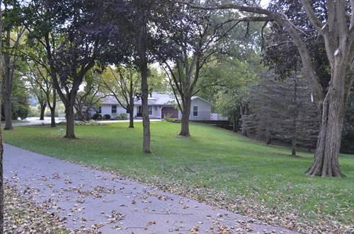 502 N East Lake Shore, Barrington, IL 60010
