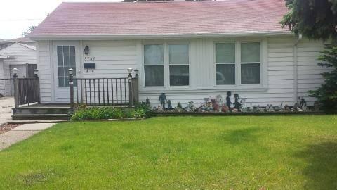 8782 S Duffy, Hometown, IL 60456