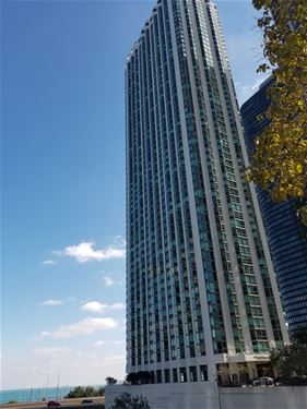 195 N Harbor Unit 2107, Chicago, IL 60601 New Eastside