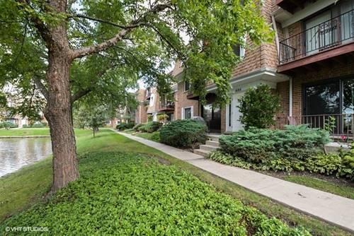 4184 Cove Unit F, Glenview, IL 60025