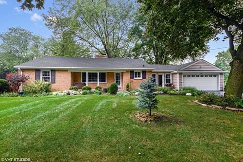 8 N Schoenbeck, Prospect Heights, IL 60070