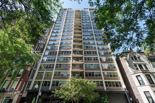 40 E Cedar Unit 14D, Chicago, IL 60611 Gold Coast
