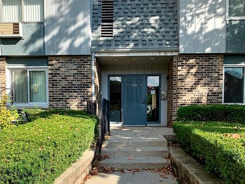 904 E Old Willow Unit 104, Prospect Heights, IL 60070