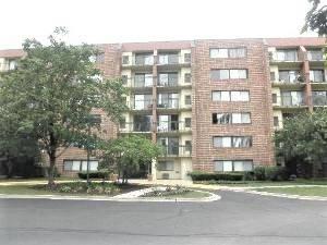 1840 Huntington Unit 607, Hoffman Estates, IL 60169
