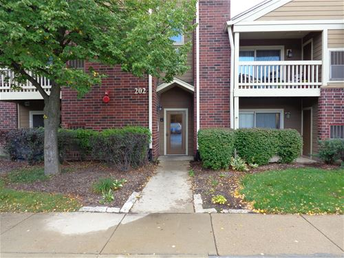 202 Glengarry Unit 108, Bloomingdale, IL 60108