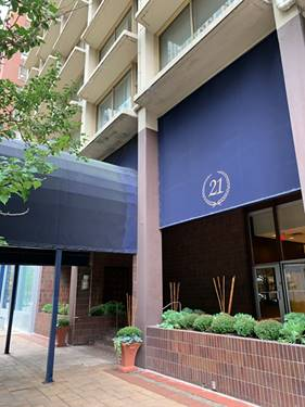 21 E Chestnut Unit 11F, Chicago, IL 60611 Gold Coast