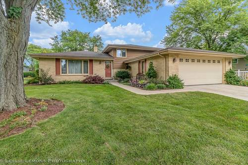 130 Rohrer, Downers Grove, IL 60516