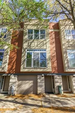 3243 N Ravenswood, Chicago, IL 60657 Roscoe Village