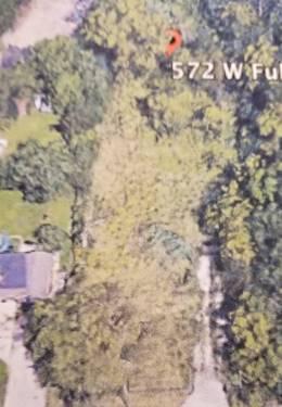 572 W Fullerton, Addison, IL 60101