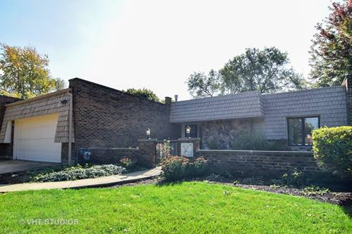 10 Temple Garden, St. Charles, IL 60174