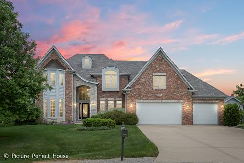 7495 Rose Hill, Yorkville, IL 60560