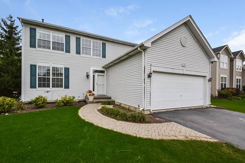 305 Tanager, Lindenhurst, IL 60046