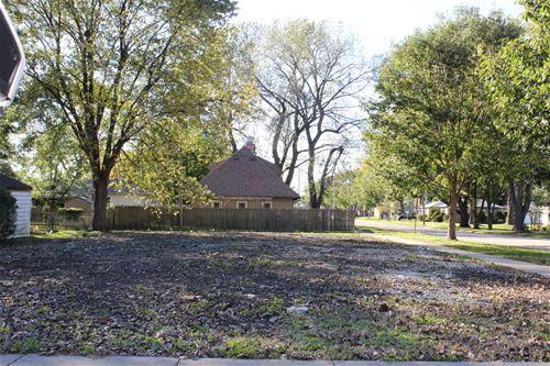 10100 S Kildare, Oak Lawn, IL 60453