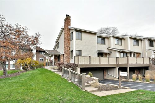 1014 Sussex Unit 1014, Northbrook, IL 60062