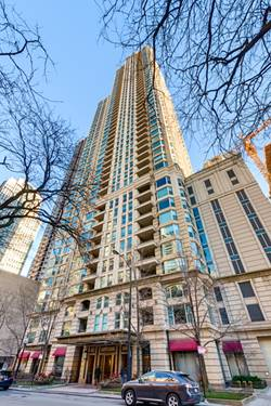25 E Superior Unit 4401, Chicago, IL 60611 River North
