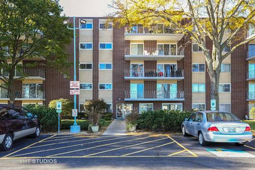 2900 Maple Unit 5D, Downers Grove, IL 60515