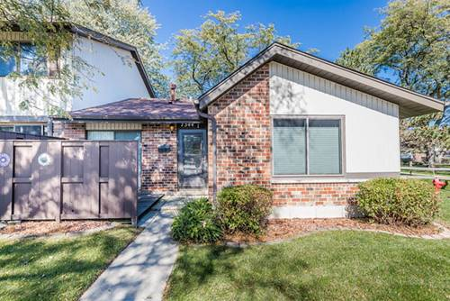 7344 Country Creek Unit 1, Downers Grove, IL 60516