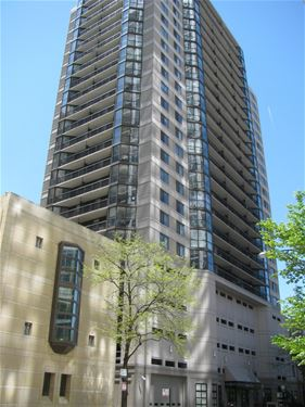33 W Delaware Unit 17D, Chicago, IL 60610 Gold Coast