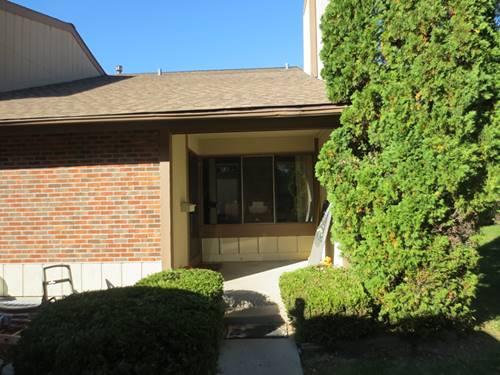 556 E Woodfield, Roselle, IL 60172