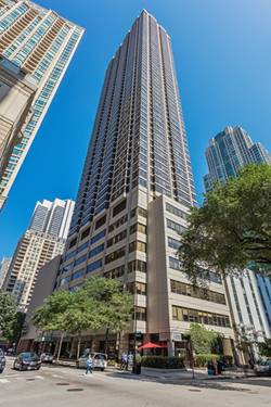 30 E Huron Unit 3902, Chicago, IL 60611 River North