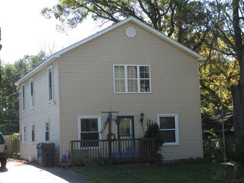 301 Riverview, South Elgin, IL 60177