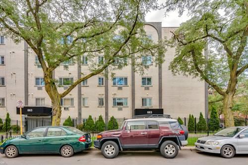 663 W Grace Unit 415, Chicago, IL 60613 Lakeview