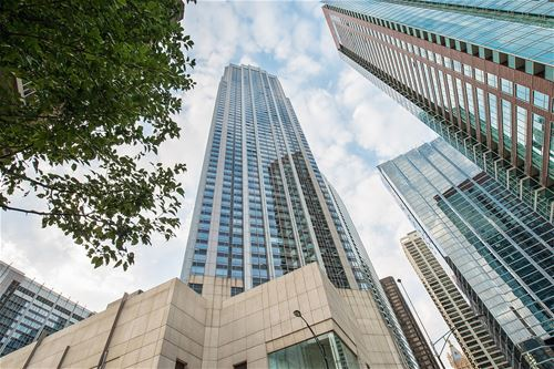 512 N Mcclurg Unit 1705, Chicago, IL 60611 Streeterville