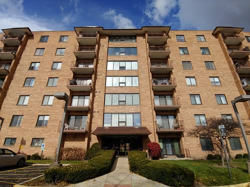 1777 W Crystal Unit 206, Mount Prospect, IL 60056
