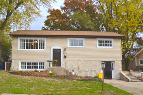 9049 Forest Ln E, Hickory Hills, IL 60457