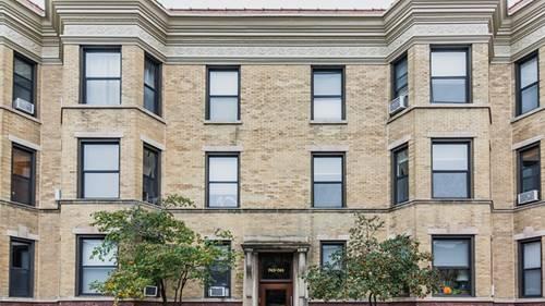 745 W Wellington Unit 2, Chicago, IL 60657 Lakeview