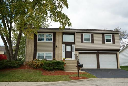 1669 W Bayside, Hoffman Estates, IL 60192