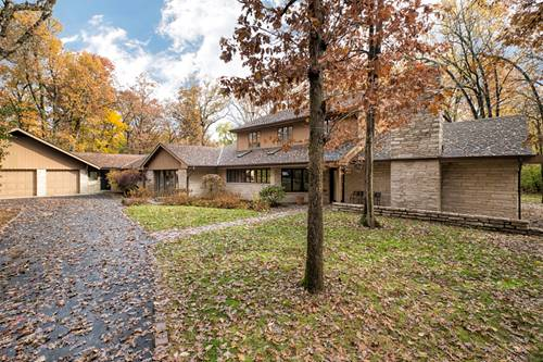 1675 Robinwood, Riverwoods, IL 60015