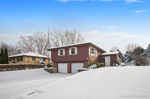 73 Neil, Sugar Grove, IL 60554