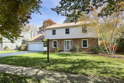 1634 Indian Knoll, Naperville, IL 60565
