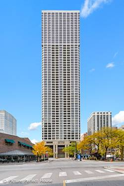 1030 N State Unit 37A, Chicago, IL 60610 Gold Coast