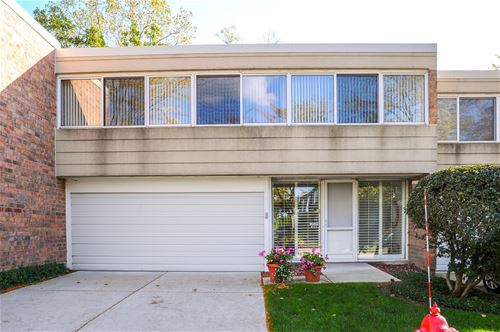 1689 Seton, Northbrook, IL 60062