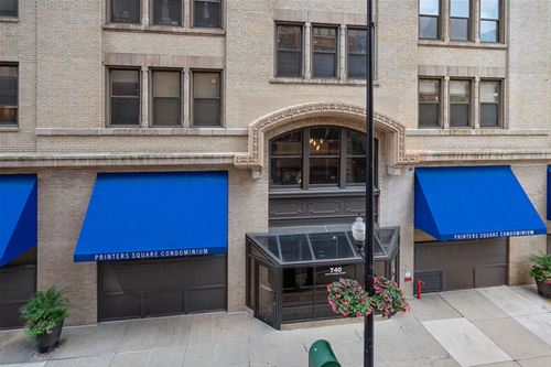 740 S Federal Unit 210, Chicago, IL 60605 South Loop
