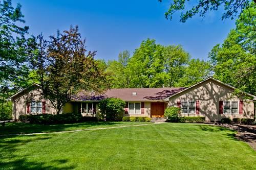 1823 Saddle Hill, Libertyville, IL 60048