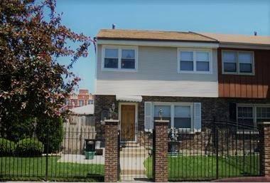 2505 N Linden, Chicago, IL 60647 Logan Square