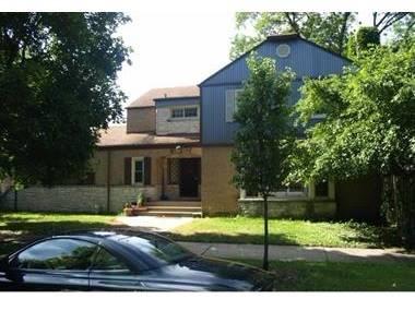 3435 W Ardmore, Chicago, IL 60659