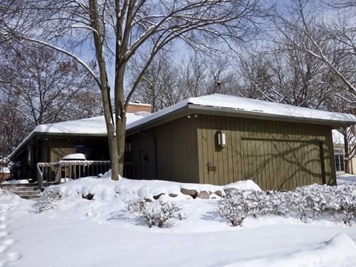 856 Bisque, Barrington Hills, IL 60010