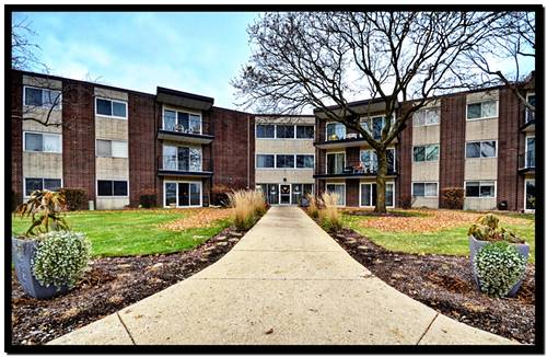 2800 Maple Unit 36A, Downers Grove, IL 60515