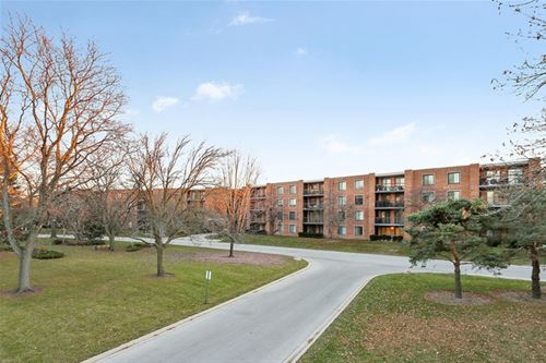 1605 E Central Unit 113B, Arlington Heights, IL 60005