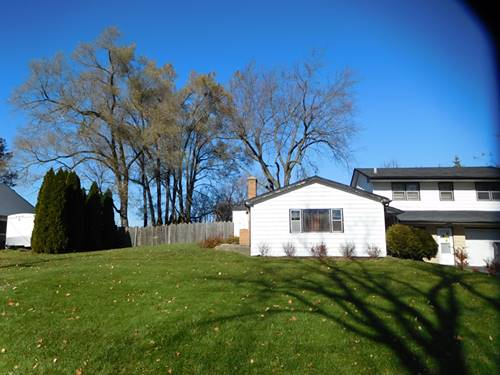 3976 Woodlawn, Gurnee, IL 60031