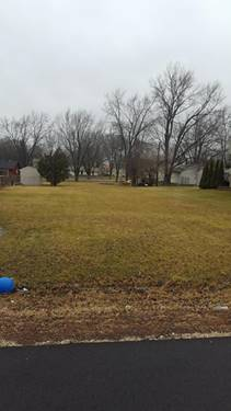172 Pheasant, Carpentersville, IL 60110